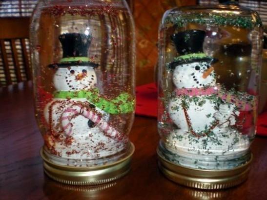 Enfeite de Natal feito de vidro