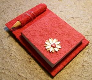 Caderno de papel reciclado
