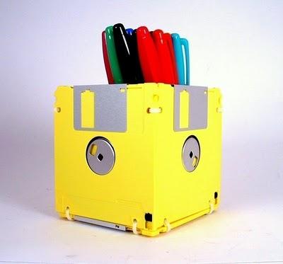 Porta lápis de disquete