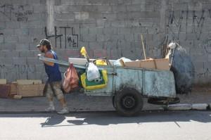 Antônio Correia, catador de lixo.